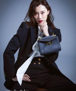 李斯羽时尚靓丽写真图片