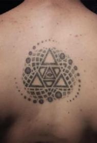 个性的一组黑灰繁花纹身作品图