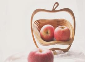 一组唯美好看的苹果图片