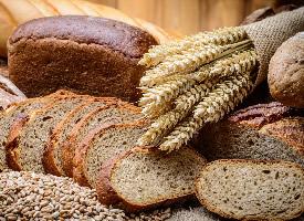 朴实清甜的面包图片