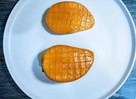 正是吃芒果的季节啊