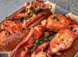 诱惑满满的龙虾面包图片