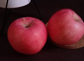 一组又红又大的苹果图片欣赏