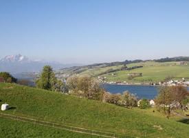 景色迷人的瑞士皮拉图斯山图片
