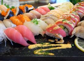让人垂涎欲滴的寿司图片