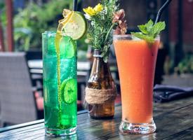 营养美味的各种水果果汁图片