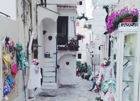 意大利的斯佩隆加,是一座适合度假的清新安静小镇