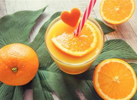 新鲜的橙子高清桌面壁纸