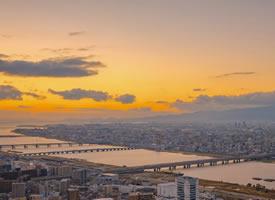 橘色日暮下,想和你看一场关于黄昏的风景