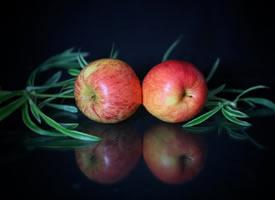 一组香香脆脆的苹果图片