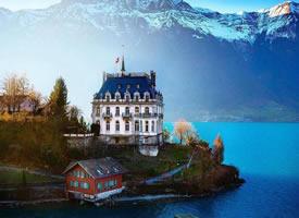 瑞士伊斯特瓦尔德小镇,藏在深山里的湖畔仙境
