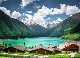 瑞士的精华,浓缩在阿尔卑斯的雪山与湖泊