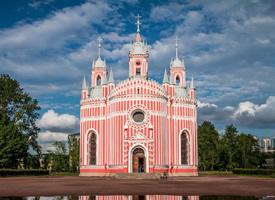 俄罗斯切斯玛教堂犹如一颗粉色棉花糖,少女感爆棚