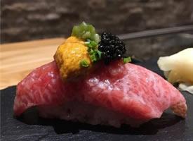 美味精致的手握寿司图片