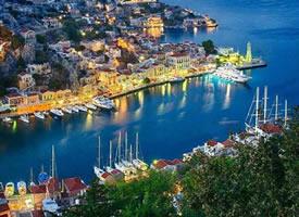 倚山而立的希腊锡米岛,简直就是爱琴海的化妆盒
