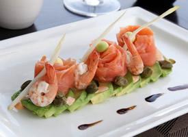 受欢迎的日式料理生鱼片多角度图片