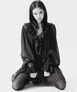 Jennie性感杂志封面写真图片