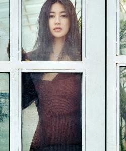 朱珠针织裙优雅性感写真图片