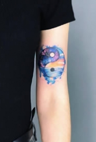 一组水彩好看的手臂纹身图案