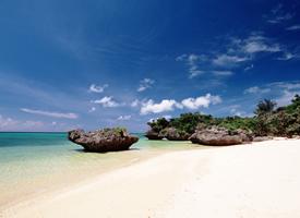 美丽的海水沙滩风景图片
