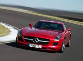 高性能超跑汽车红色奔驰AMG高清图片