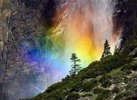 美国加洲约塞米蒂国家公园,马尾瀑布,幸运彩虹瀑布