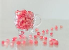 碎玉琼浆,粒粒剔透的石榴