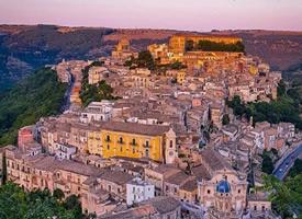 地中海西西里岛无需装扮,却已风情万种