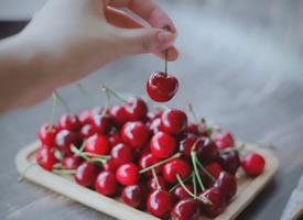 一组玲珑剔透的樱桃图片