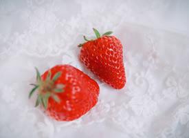 一组温柔的小清新草莓图片