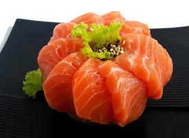 日式料理生鱼片图片