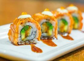 晶莹软润的寿司图片