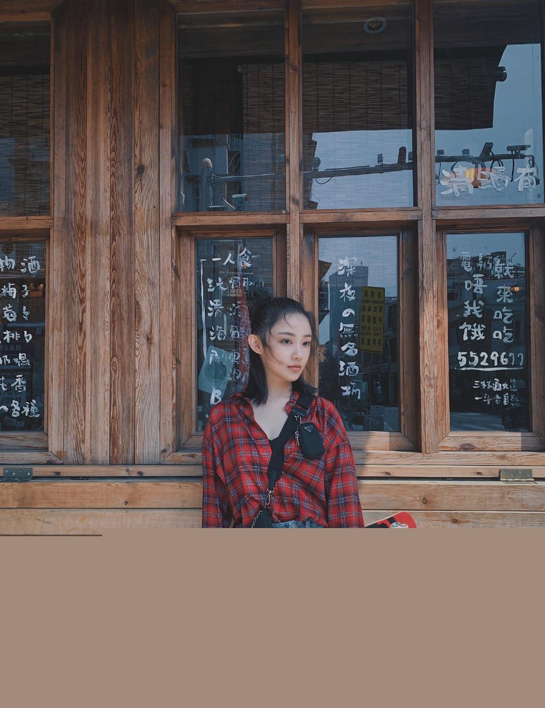 吴佳怡甜酷滑板女孩图片