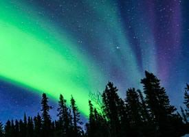 阿拉斯加极光夜景图片
