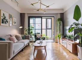 88㎡北欧风三居室,用色彩打造温馨舒适的居家氛围