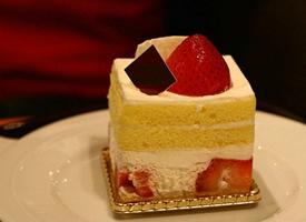 小清新唯美点心草莓蛋糕图片