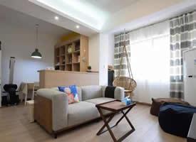 67平的小户型二居室,沙发背景墙当隔断