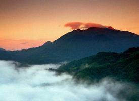 美丽的金铙山风景图片