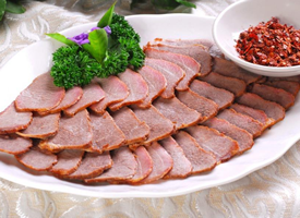 美味好吃的酱牛肉图片
