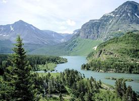 漂亮的山川风景图片