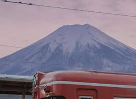 凭爱意,将富士山占为私有