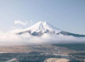 跨越四季的富士山