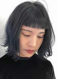 一组Girl Crush风女生发型图片