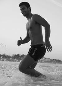 欧美肌肉男模帅哥海边性感文艺内裤写真