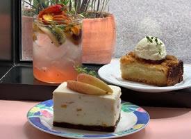 一组清爽美味的甜品甜点图片