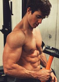 一组美国肌肉男撸铁照片