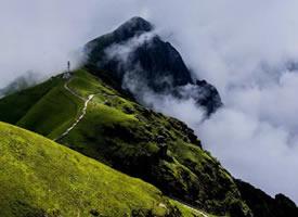 江西武功山的云端草甸,徒步爱好者的天堂