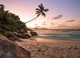 柔软细腻的海滩美景图片