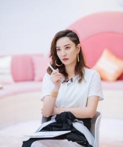 郑希怡《乘风破浪的姐姐》第二期剧照图片