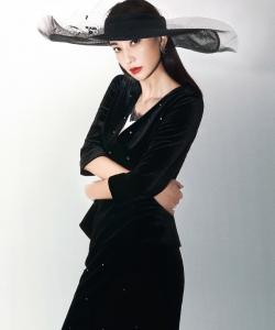 郑希怡双面女王性感写真图片